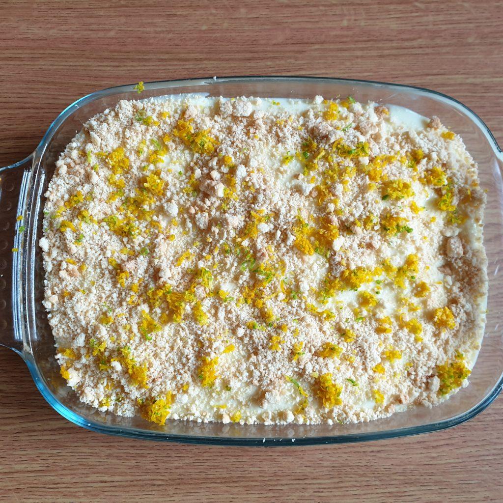 A dish of lemon cheesecake