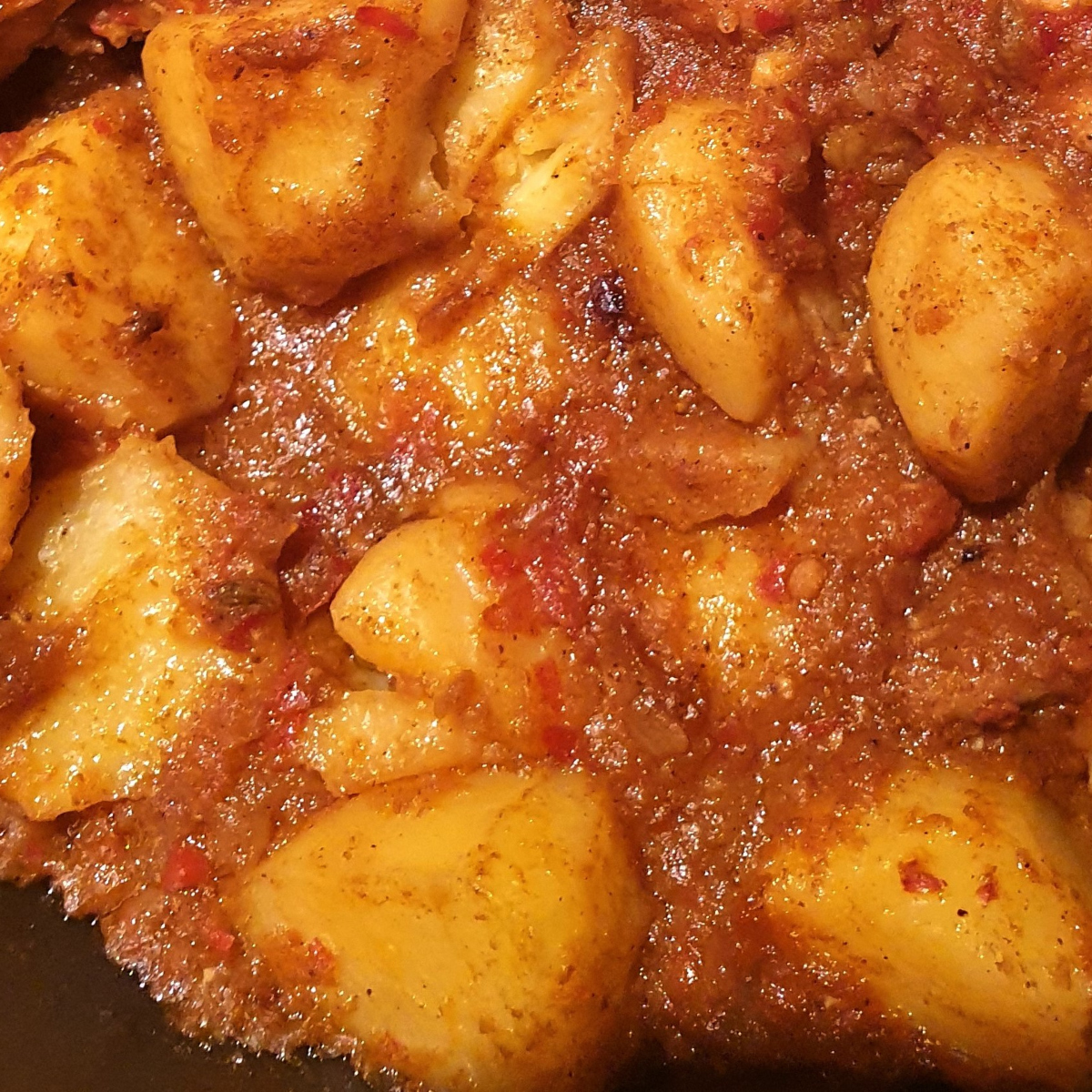 A plate of bombay aloo (bombay potatoes)