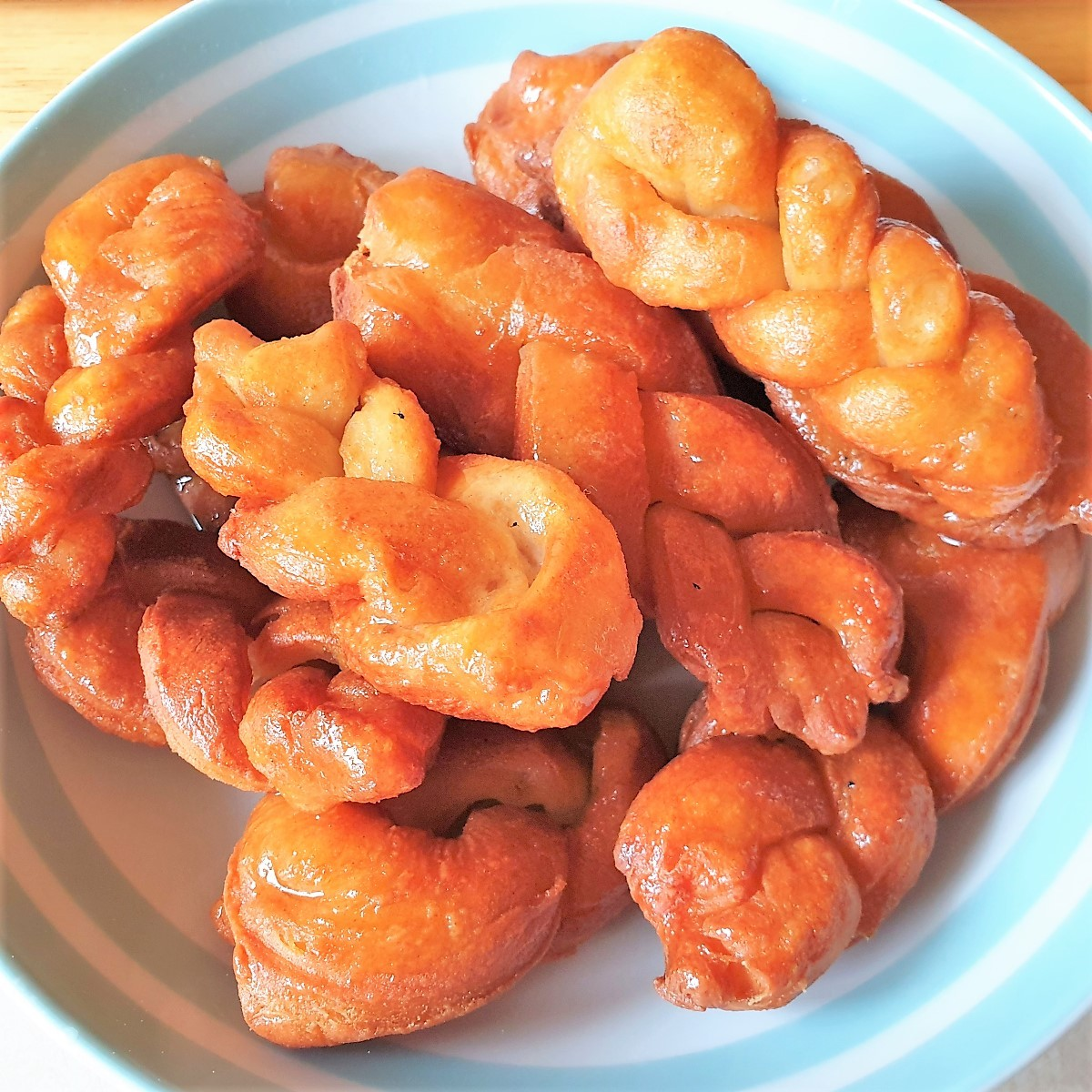 A dish of koeksisters.