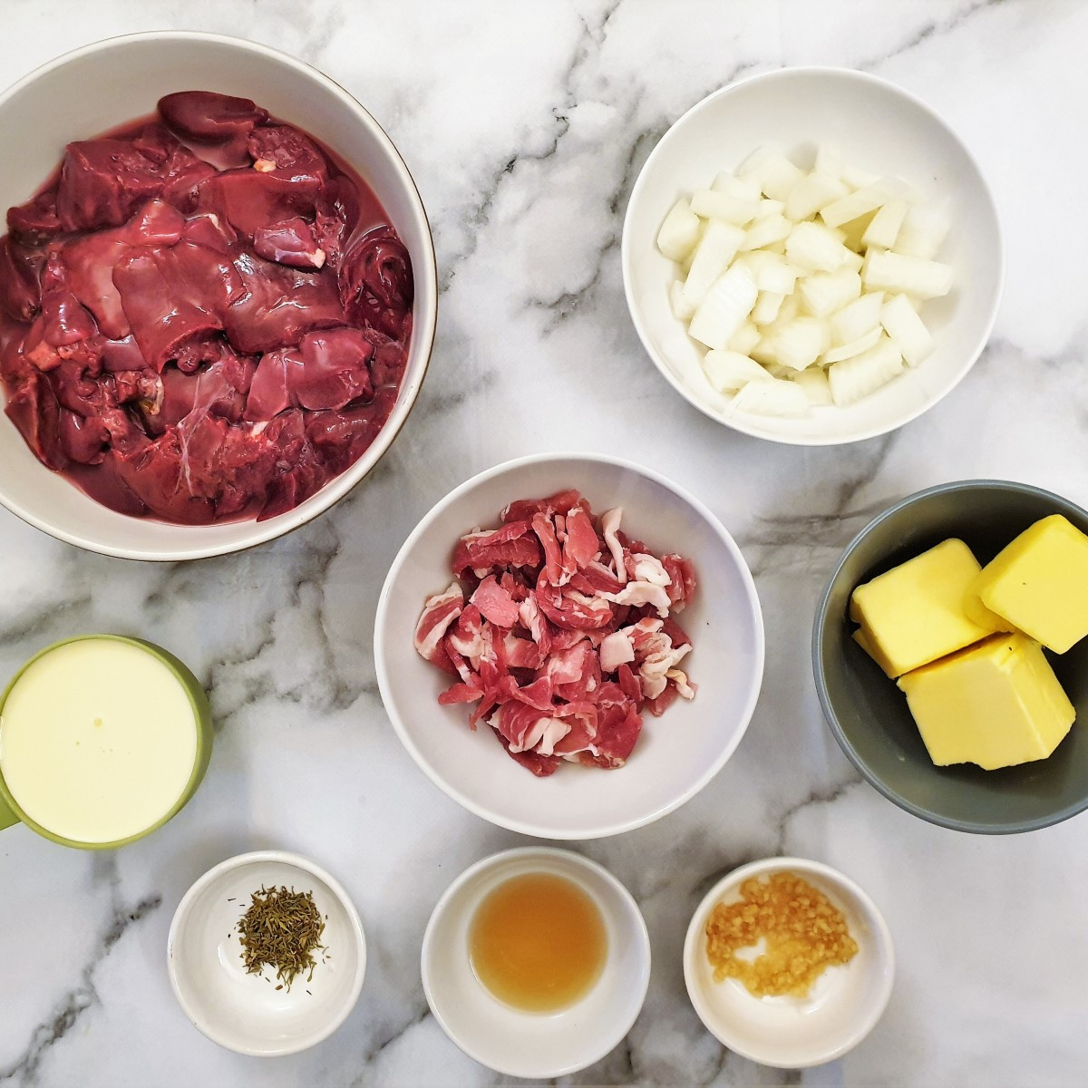 Ingredients for chicken liver pate.